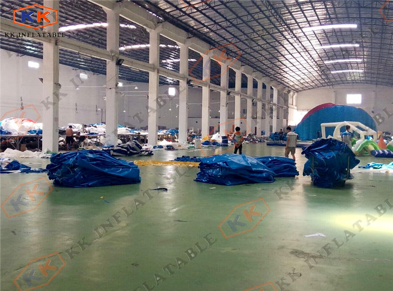 KK Inflatable packing area