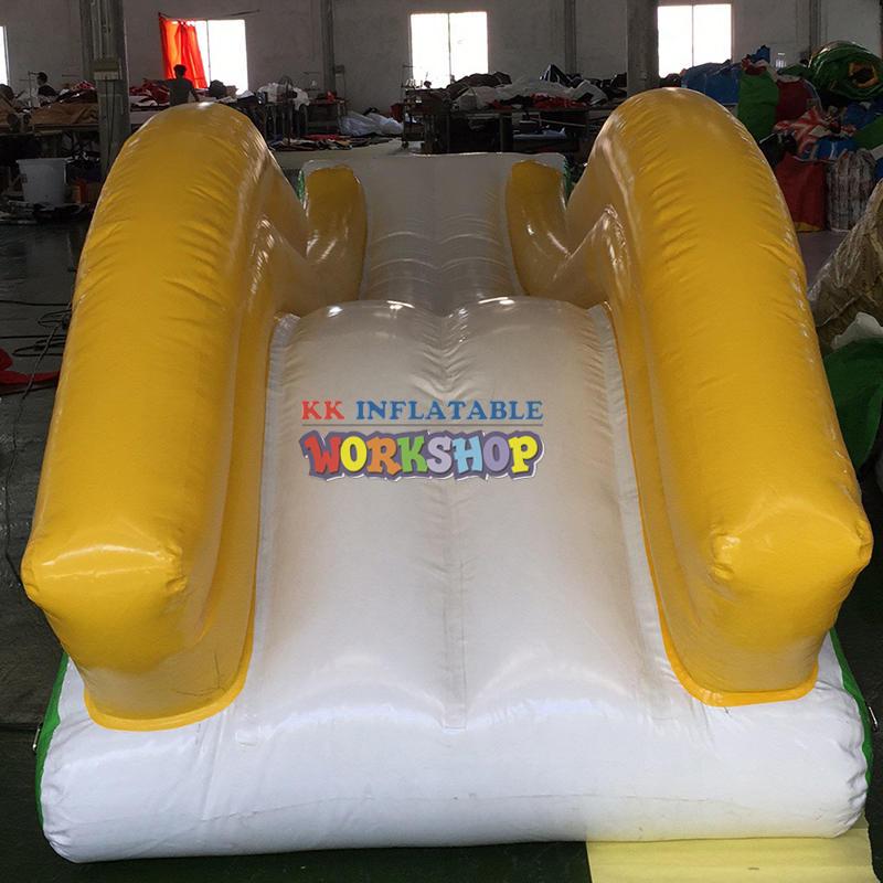 Water Play Equipment Giants Lake Boat Yacht Slide Waterslides Inflatable Boat Dock Pool Yacht Water Slide