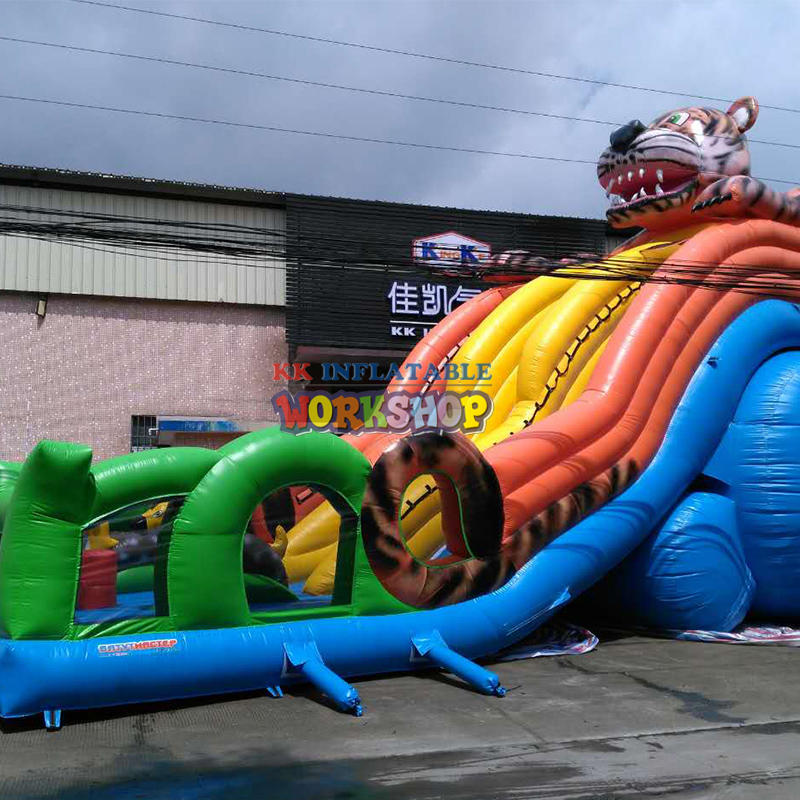 Custom inflatable bouncy castle