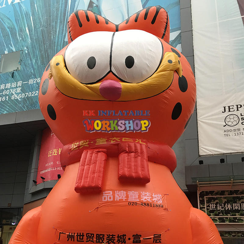 Custom giant inflatable cat