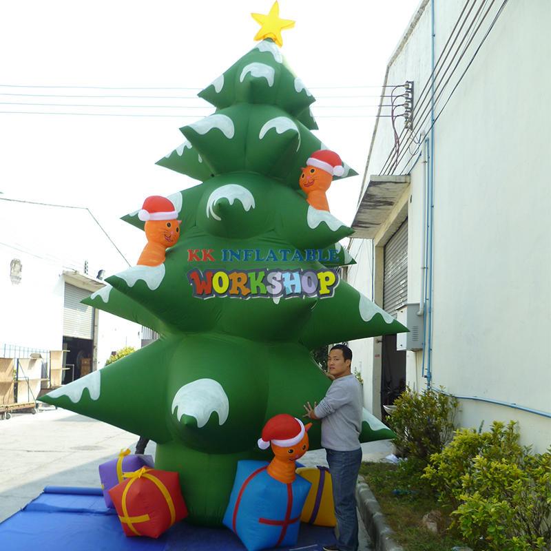 Giant inflatable christmas tree