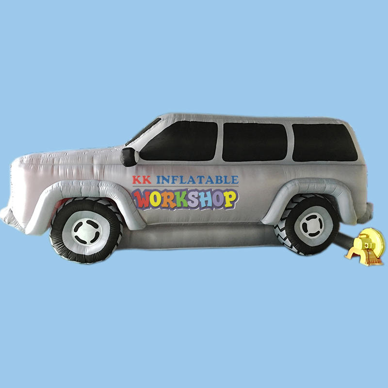 Customized giant inflatable car model