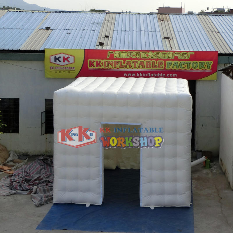 Temporary inflatable ticketing house