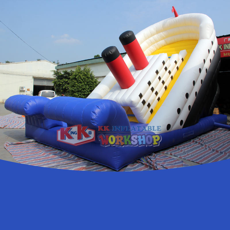 Free blower Commercial Titanic outdoor inflatable bouncy slide park